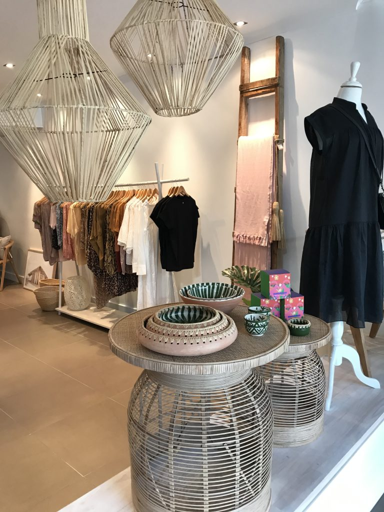 OASIS Lifestyle Airlie Beach boutique